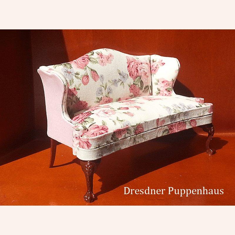 sofa mit blumen im dresdner puppenhaus 26 99. Black Bedroom Furniture Sets. Home Design Ideas